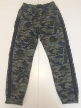 Maskáčové kalhoty, f&f,152