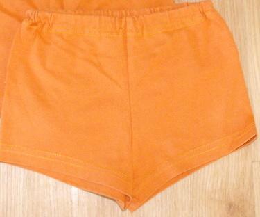 E3-kraťasy oranžové kraťoučké, 98