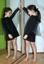 Karnevalové pružné šaty netopýrka,
