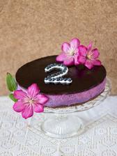 Borůvkový nepečený dort k 2. narozeninám