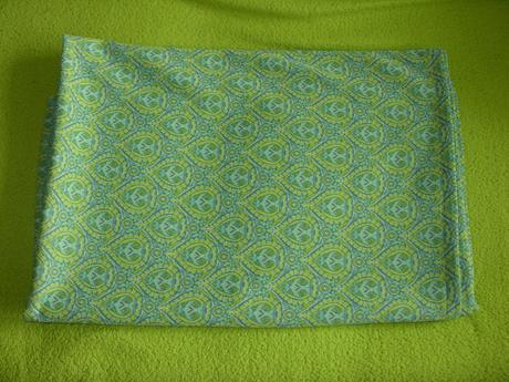 Zelenožlutý ubrus,