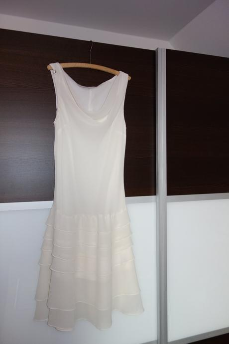 Dámské smetanové šaty, m