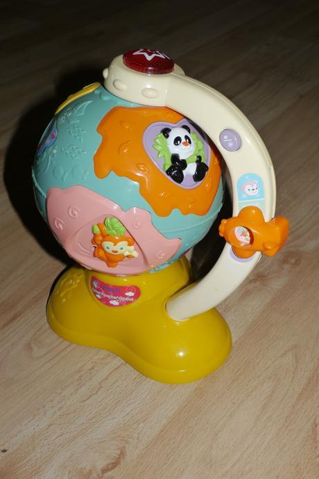 Nemecky mluvici hracka - globus,
