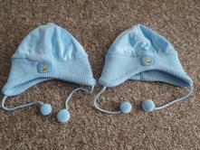 Čepice pro dvojčata, 80
