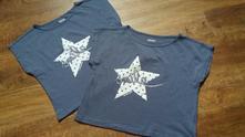 2 šedá trika s hvězdami, 134