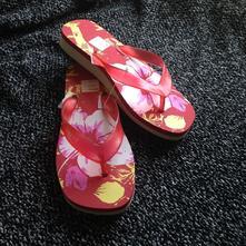 Letní nové boty-dívčí žabky vel. 36-37, 36 / 37