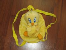 Dětský batůžek s plyšákem tweety,