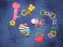 Hračky pro nejmenší,