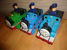 3 mašinky,