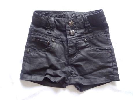Džínové šortky, 128