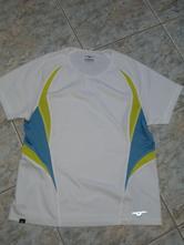 942-dámské sportovní triko vel. m pro touch, 40
