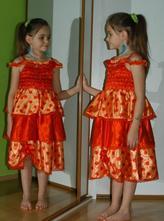 Karnevalové saténové šaty beruška, tanečnice...,