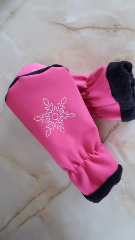 Softshellové rukavice, 86