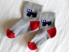 Ponožky s autem, 74