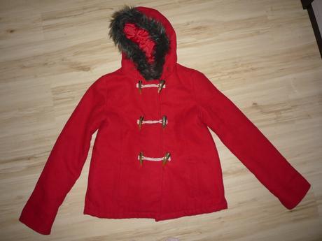 Červený kabát s většími knoflíky, marks & spencer,152