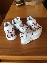 2x kecky mothercare, 23
