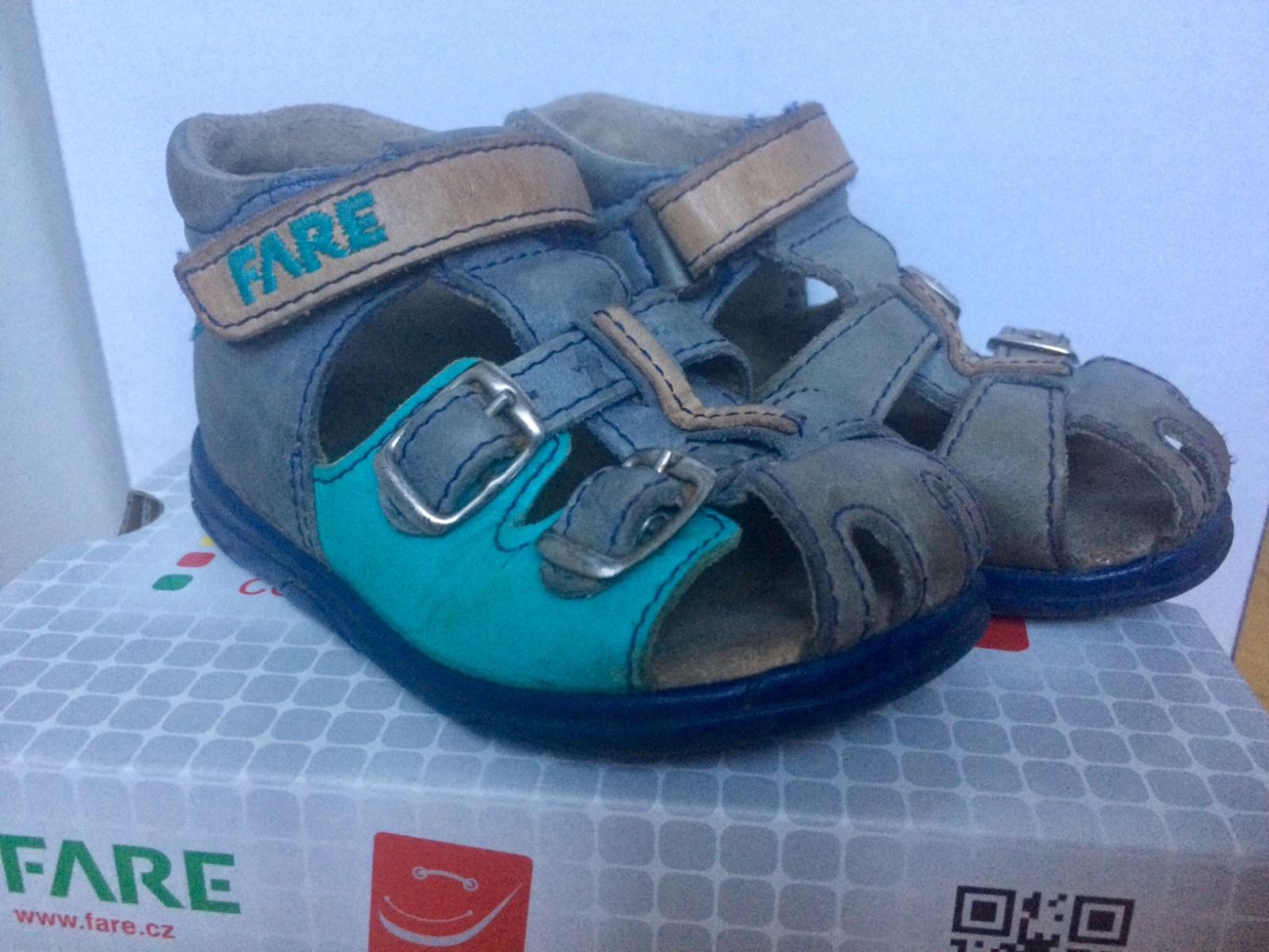 ed7a0bcbe7b 9 inzerátů • 2 hodnocení. Dětské sandálky fare ...
