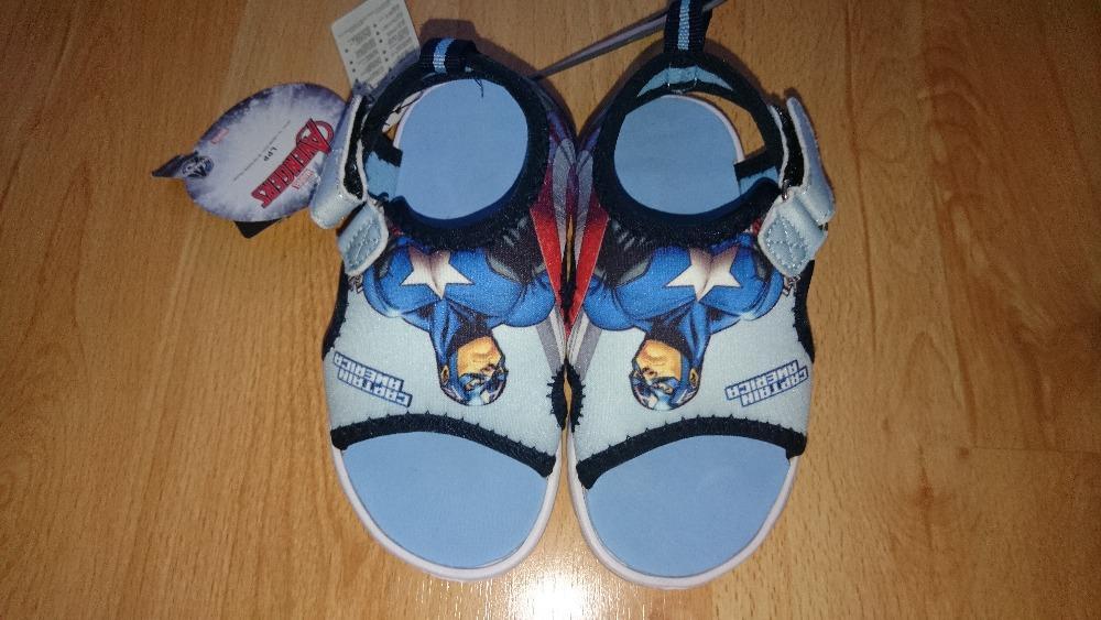 df5133d3411 Neoprenové boty do vody reserved