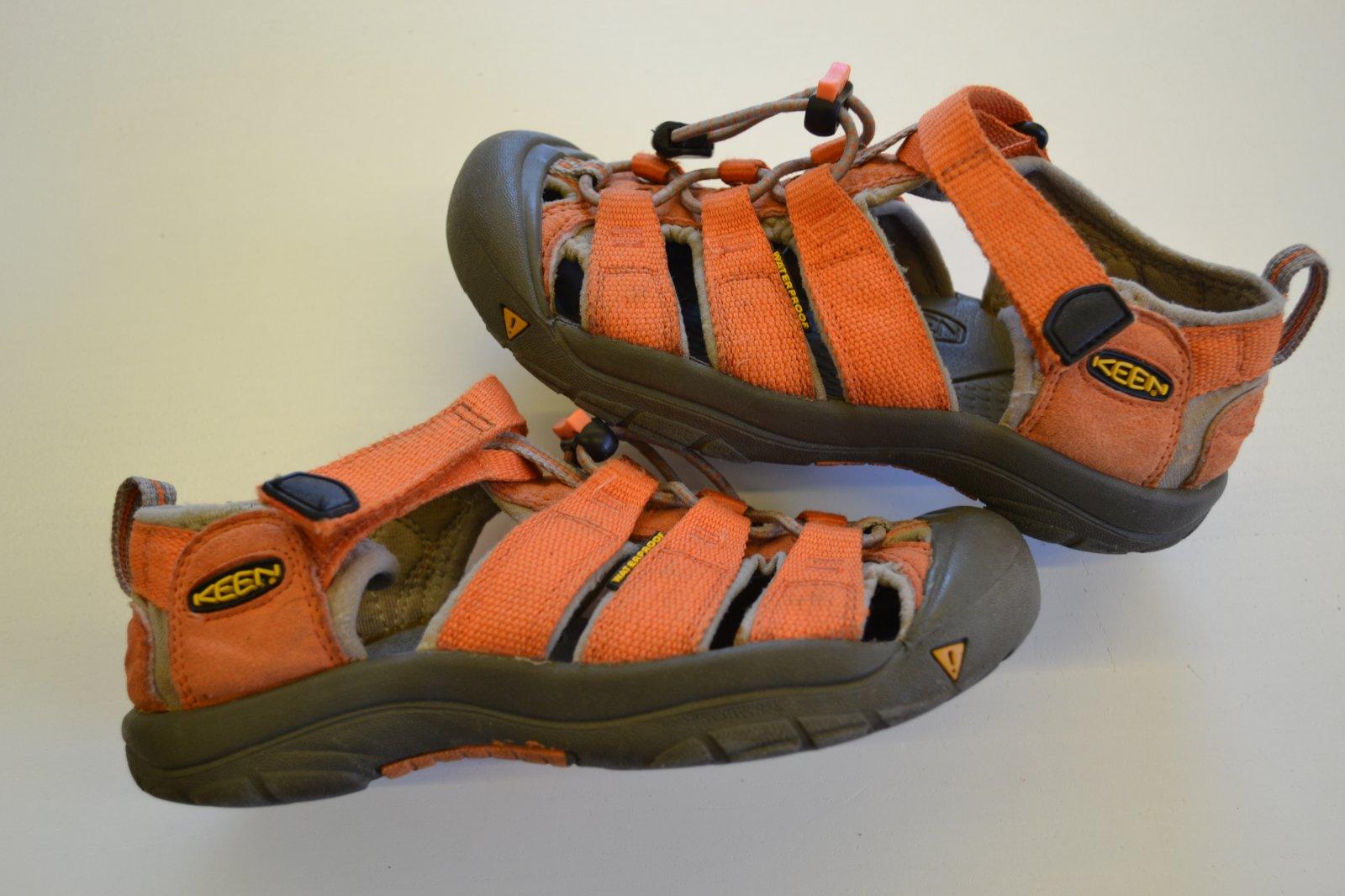 online store 464b9 cba29 Keen sandále, sandálky, keen,33 - 370 Kč Od prodejkyně hradecka | Dětský  bazar | ModryKonik.cz