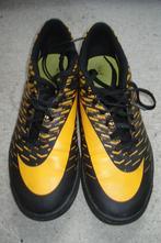 Sportovní boty/turfy, nike,40