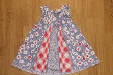 Krásné šaty, next,86