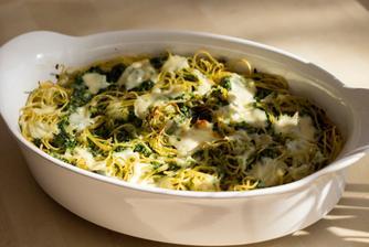 Zapečené špagety se špenátem - narychlo vyfocené, ale výborné