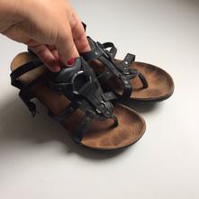 Kožené sandálky, baťa,37