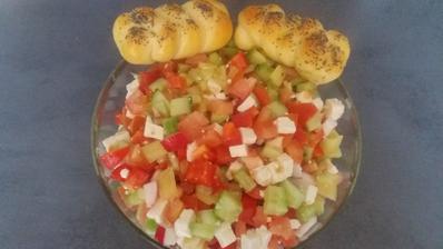 Šopsky salat+domaci housticky