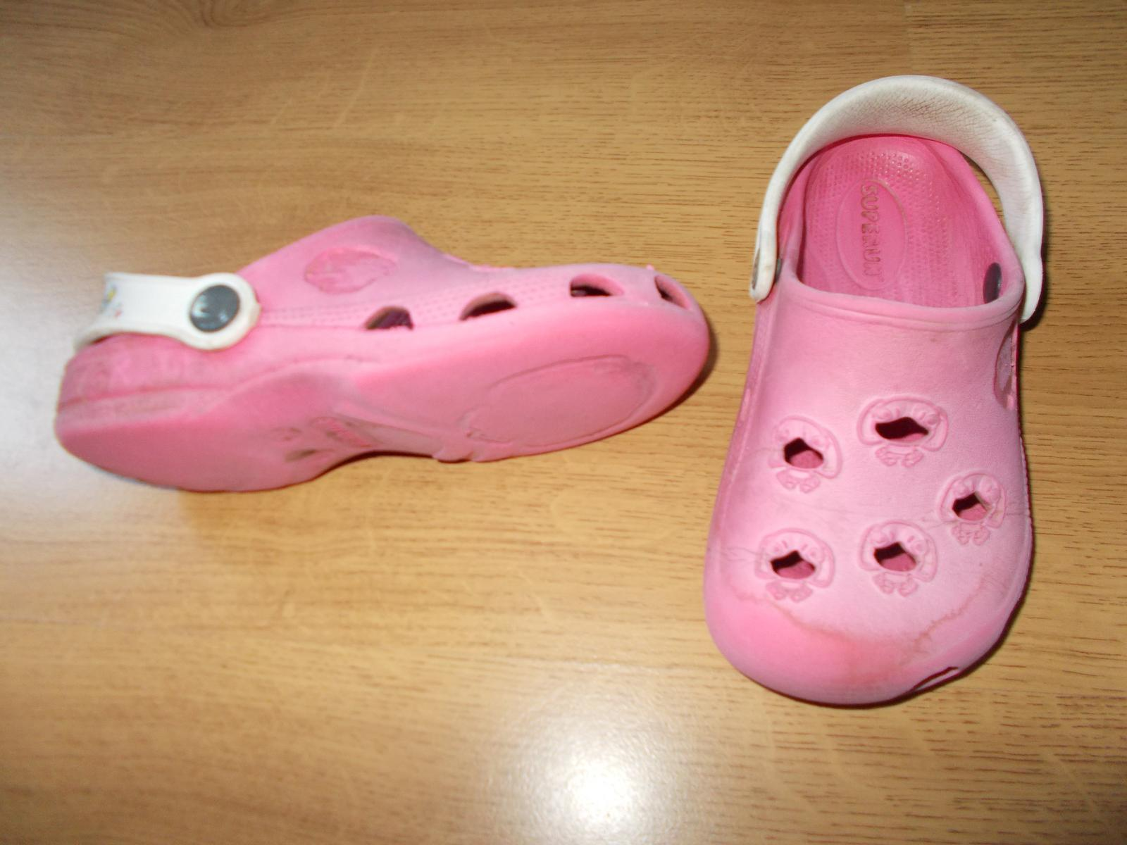 1e8c10abf45 Gumové boty typu crocs