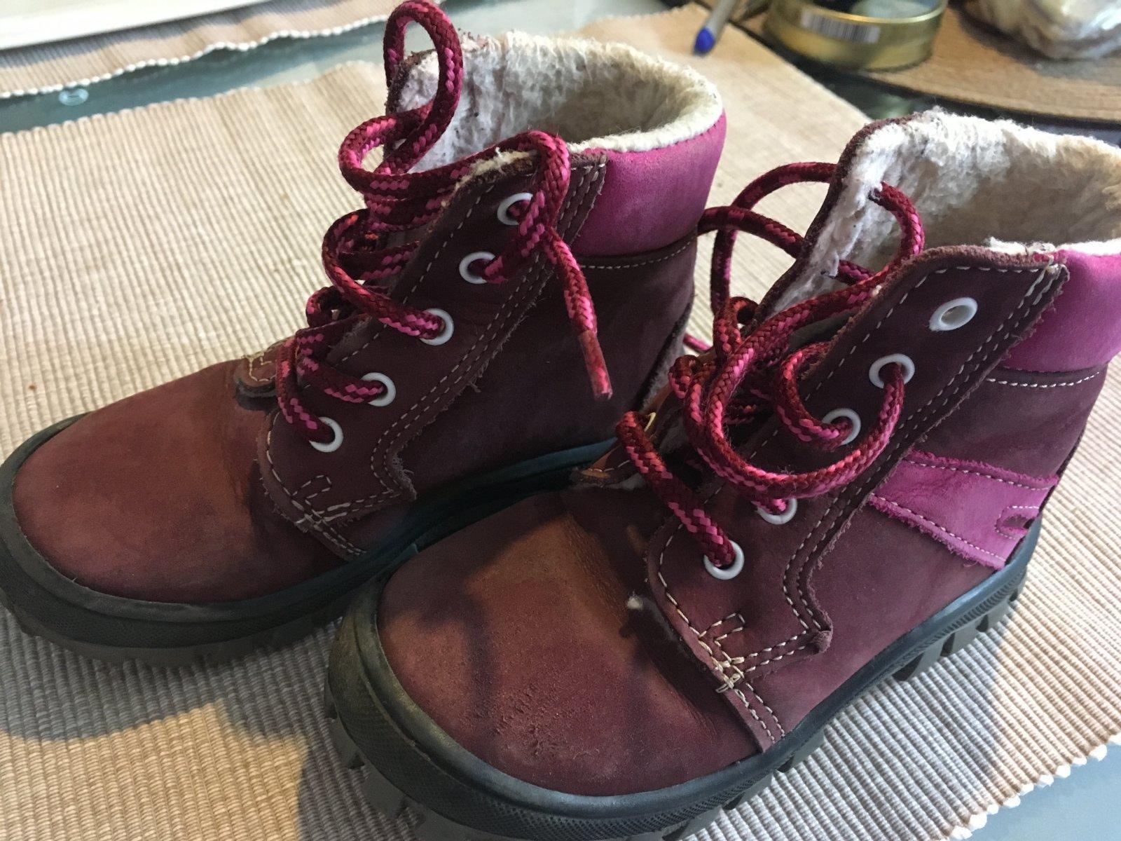 Zimní boty 9bd086c8582