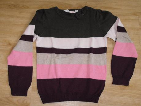 E103. tenký svetr s proužkem, next,110