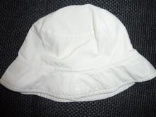 Plátěný klobouček, 68