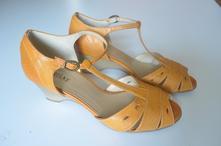Dámské boty střevíce č.037, 38