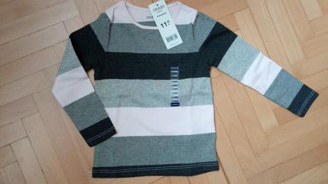 Pruhované tričko, 104