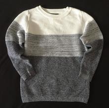 Vel. 110 tříbarevný svetr, 110