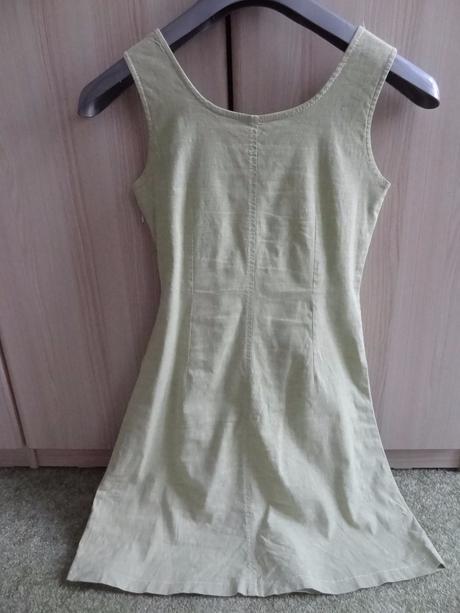 Zelenkavé letní šaty, 38