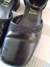 Botky slavnostní miss model 29, 29