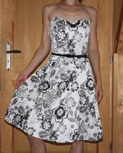 Elastické šaty bílo-šedé vel 38, 38