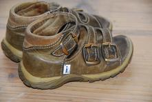 Sandálky, santé,22
