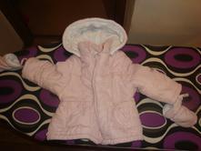 Bunda s kapucí a rukavicemi, 74