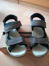 Klučičí sandály, baťa,36