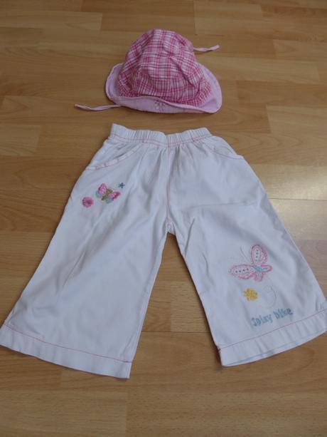 Letní plátěné kalhoty s výšivkou, klobouček zdarma, 86