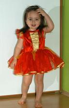Karnevalové červené šaty karkulka, čertice...,