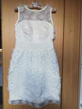 Svatební/společenské šaty, s