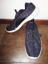 Pleteninové lehoučké tenisky černo-modré 48e1fa70a5