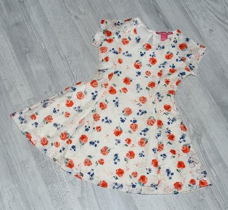 Slavnostní i letní dívčí krajkové šaty, young dimension,98