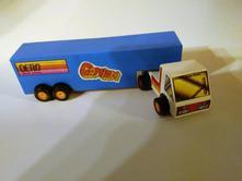 Dřevěné auto kamion,