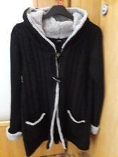 Těhotenský pletený kabátek, 40