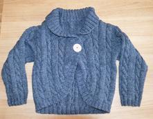 P6 teplý svetr z pleteniny, 104