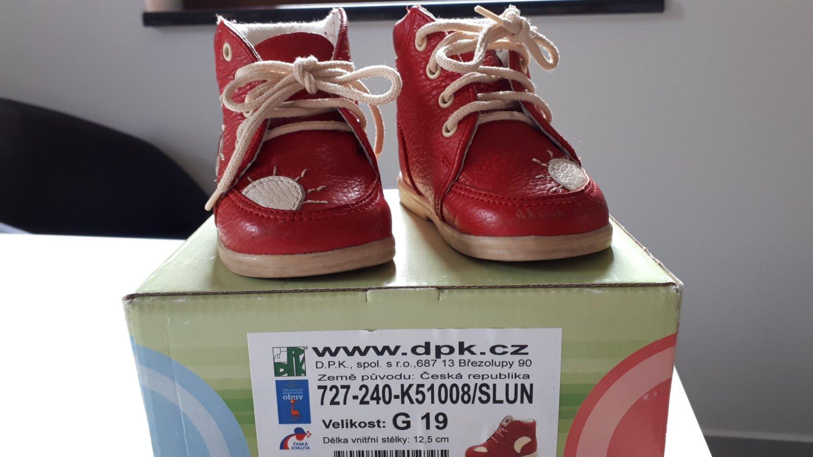 Děkuji a přeji. Kožené boty capáčky 19 ... 276dc12097